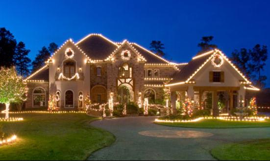 House With Christmas Lights - holiday lighting idaho falls